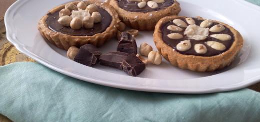 crostatine vegane al cioccolato fondente e cocco