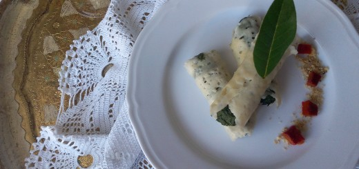 Cannoli di Grana Padano con farcia agli spinaci, scamorza e pistacchi