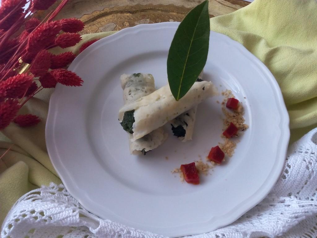 cannoli di Grana Padano con spinaci, pistacchi, scamorza